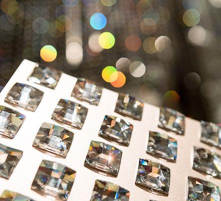 Bühne mit über 40.000 SWAROVSKI Kristallen