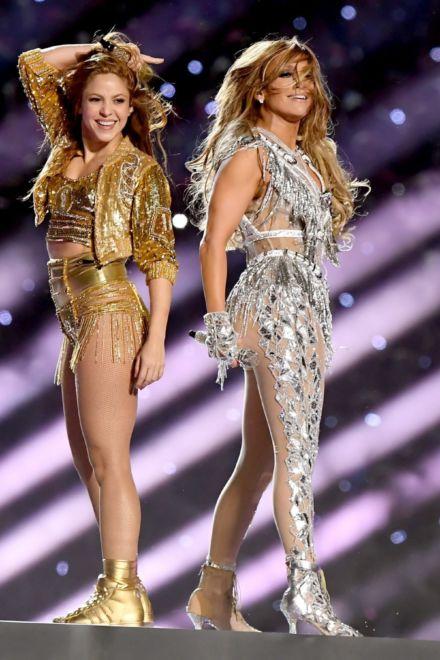 Jennifer Lopez und Shakira funkeln beim Superbowl