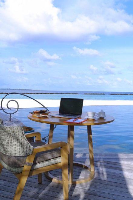Home Office aus dem Paradies