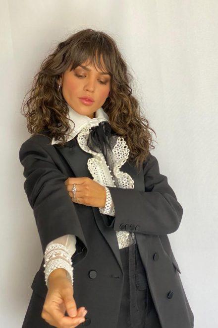 Eiza Gonzalez mit Schmuck von Messika