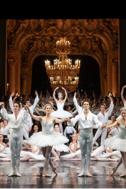 Kostüme von CHANEL für die Étoile-Tänzer der Opéra national de Paris
